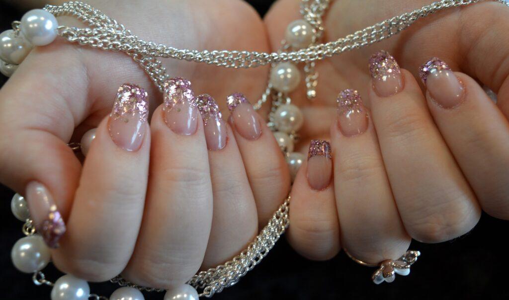 nail-design-6005598_1920